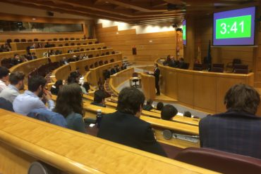 El Colegio Mayor Loyola gana el V Debate Universitario de CCMM.