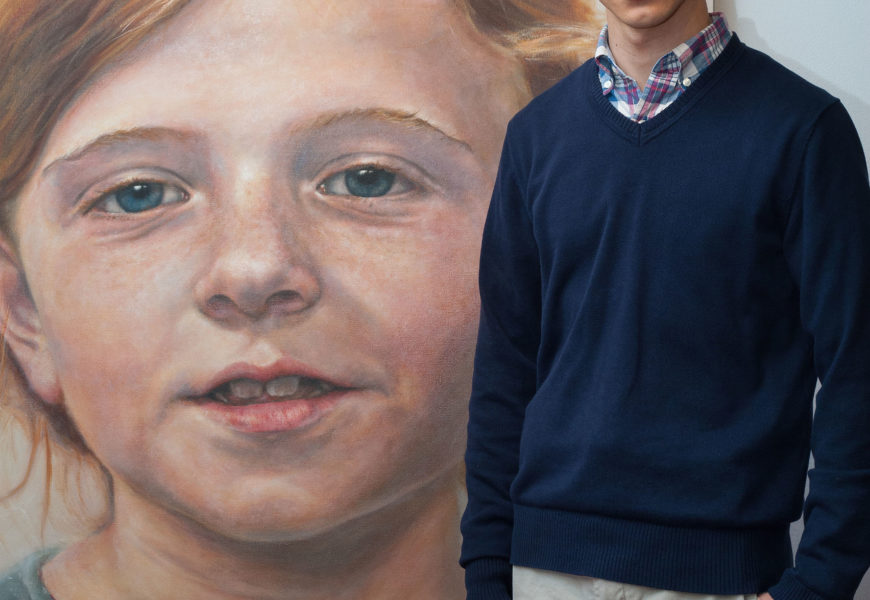 Josean Ochoa reflexiona sobre la mirada y el retrato en la Puerta Gótica del CMU Belagua