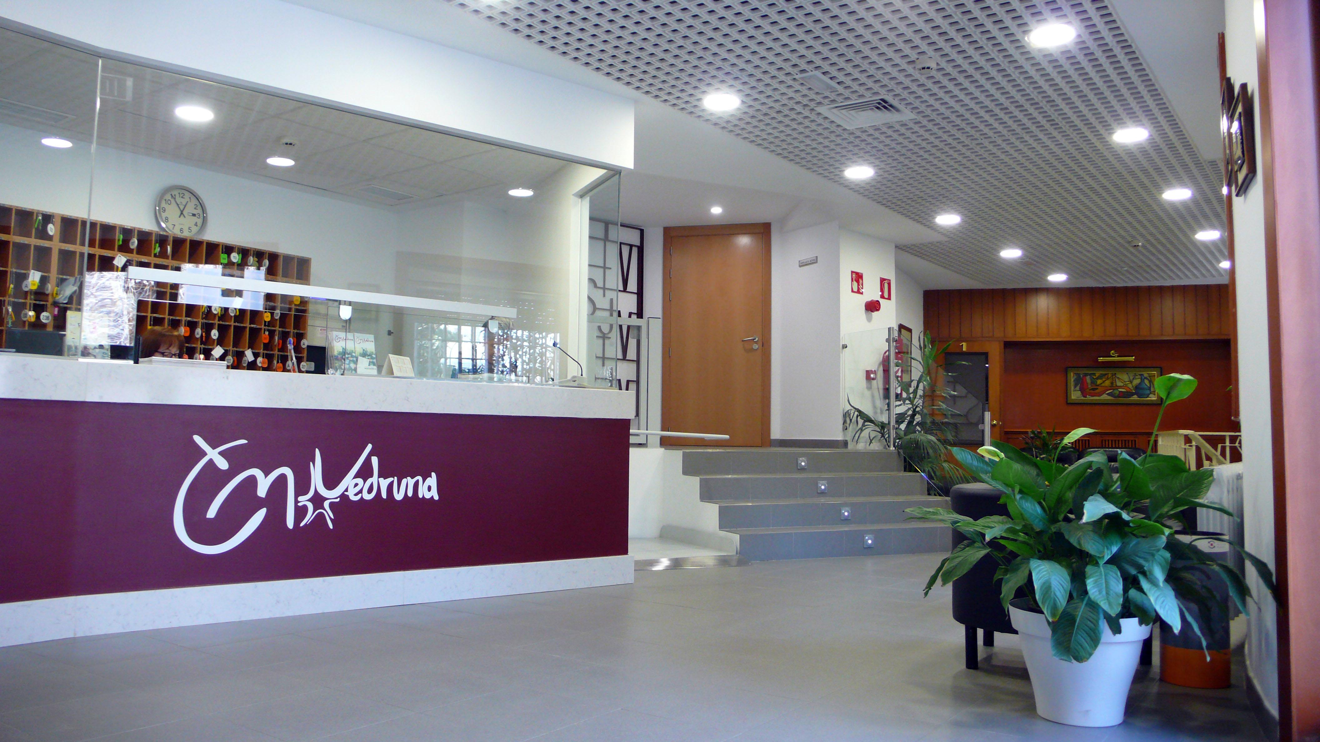 El colegio mayor vedruna es un centro adscrito a la for Centro asociado de madrid