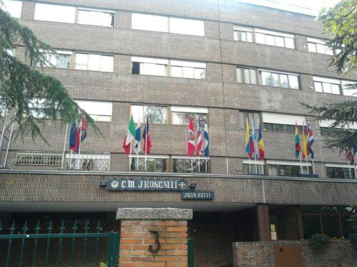 El colegio mayor roncalli es un centro adscrito a la for Centro asociado de madrid