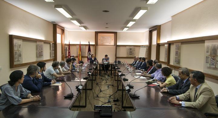 El rector Andradas comparte con los colegios mayores la tolerancia cero de la Complutense con las novatadas