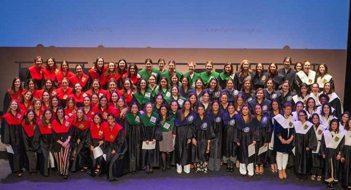 Acto Académico de Imposición de Becas de Alumni College de la UNAV.
