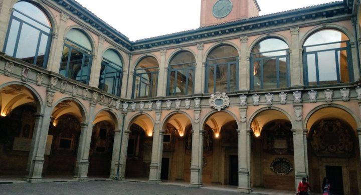 Visita a los colegios mayores italianos y al Real Colegio de San Clemente de Bolonia